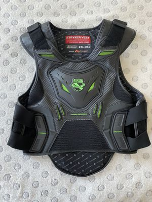 Icon Stryker Racing Motorcycle Vest Size 2XL-3XL for Sale in Las Vegas, NV