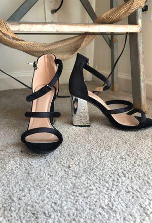 Unique Heels - womens size 7.5 for Sale in Murfreesboro, TN
