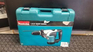Makita hr4002 1-9/16 sds-max rotary hammer for Sale in Oakland Park, FL
