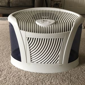 Aircare Humidifier for Sale in Bothell, WA
