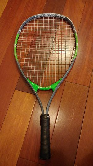 Kids/junior size Wilson Federer tennis racket. Size 23 for Sale in Bellevue, WA
