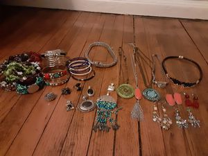 Lot of Jewelry! Necklaces, bracelets, rings,pendants and earrings for Sale in Dallas, TX