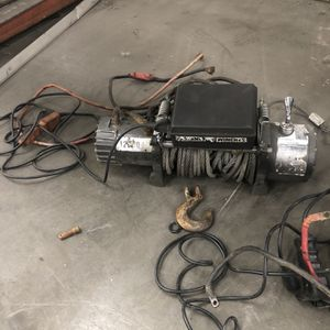 Badland Winch for Sale in Black Diamond, WA
