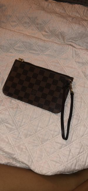 Louis Vuitton Damier Pouch From Neverfull PM for Sale in Visalia, CA