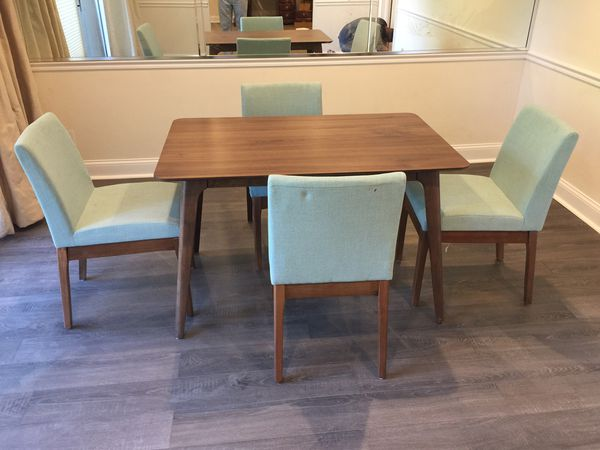 Brand new small dining table
