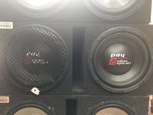 Carwin Vega subs 12 in with a 1000 wat amp for Sale in Durham, NC