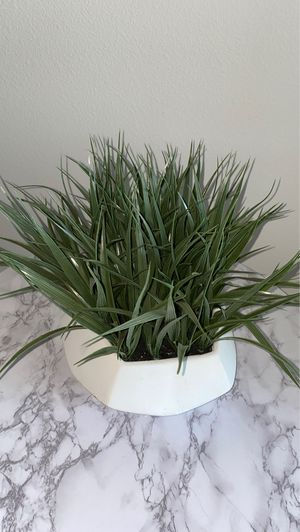 Decorative potted fake plant for Sale in Yorba Linda, CA