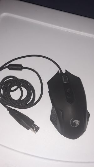 Npet gaming mouse for Sale in River Grove, IL