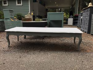 Long coffee table for Sale in Roy, WA