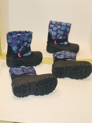 Snow boots for girls for Sale in La Vergne, TN