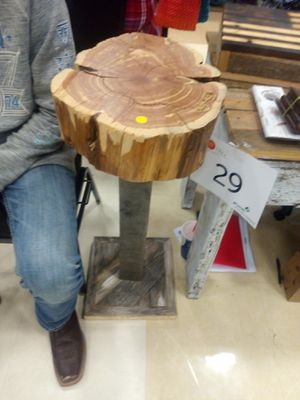 Small coffee table for Sale in Ada, KS