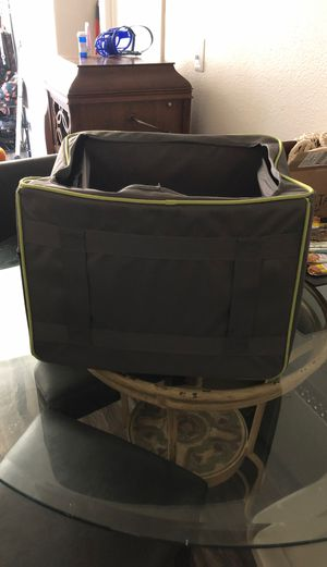 Small animal car seat for Sale in Las Vegas, NV