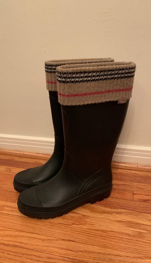 Burberry Rainboots for Sale in Los Angeles, CA