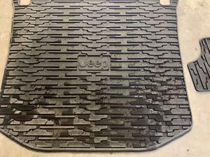 Jeep Grand Cherokee Floor Mats for Sale in Orem, UT