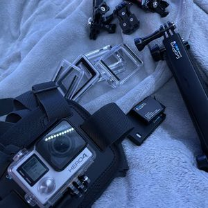 GoPro Hero 4 Sliver for Sale in Whittier, CA