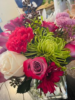 Flower Arrangements for Sale in Chino Hills,  CA