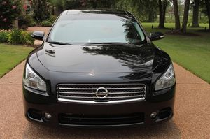 Nothing/Wrong 2009 Nissan Maxima FWDWheelsss for Sale in Inglewood, CA
