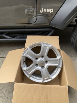 """New 17"""" wheels from 2020 Jeep (set of 5) for Sale in Waxhaw, NC"""