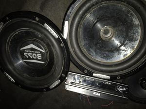 10 inch boss subwoofers work well Pyle stereo screen no longer wanted to turn on for Sale in Cary, NC