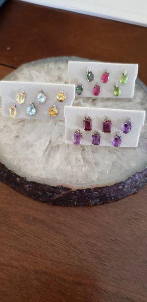 10 k gold earrings for Sale in San Jose, CA