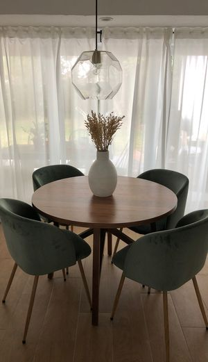 Round midcentury modern dining table for Sale in Biscayne Park, FL