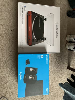 Record Player (w/ records) and Speakers for Sale in Toledo, OH
