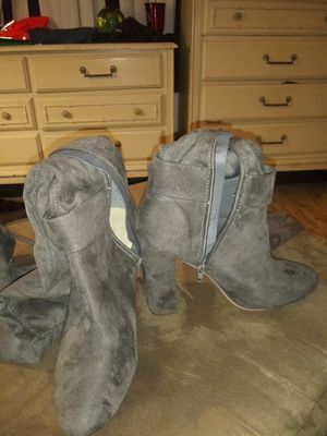 Suede Gray thigh high boots for Sale in Orlando, FL