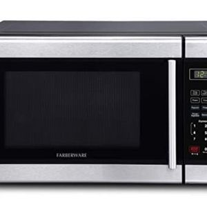 Farberware Classic Classic 0.9 Cu. Ft. 900-Watt Microwave Oven with LED Lighting, Stainless Steel for Sale in Dallas, TX