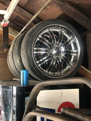 20 inch Rims for Sale 300, Car for sale 1500 front end damage. 3800 motor replace within year 80,000 miles on it for Sale in St. Louis, MO