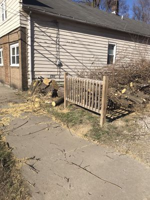 FREE WOOD for Sale in Cleveland, OH