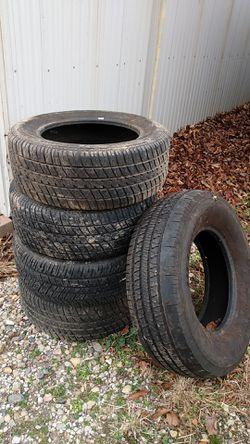 FREE TIRES for Sale in Washburn,  IL