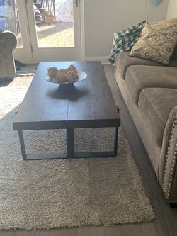 Coffee Table for Sale in Morristown,  NJ