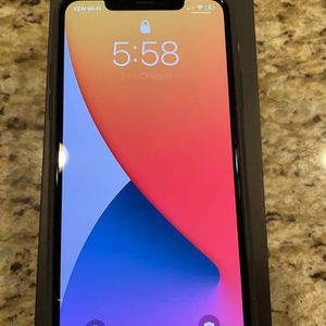 iPhone 12 Pro 256 Gig Unlocked for Sale in Riverside, CA