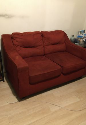 Couch for Sale in Pomona, CA