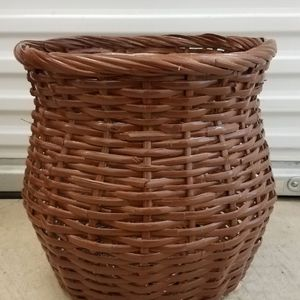 Extra Large Wicker Basket Plant Holder for Sale in Walnut Creek, CA