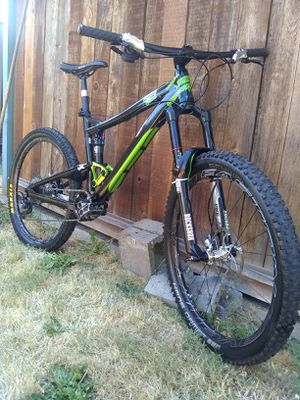 Diamondback Mission Pro Downhill bike for Sale in Portland, OR