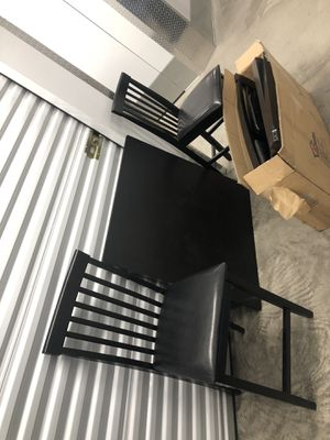 Kitchen table 4 chairs for Sale in San Diego, CA