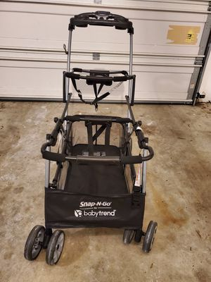 Snap and Go Universal Double Stroller for Sale in Saint Charles, MD