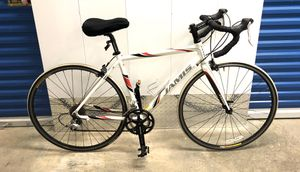 2011 JAMIS VENTURA COMP 18- SPEED ROAD BIKE. EXCELLENT CONDITION! for Sale in Miami, FL