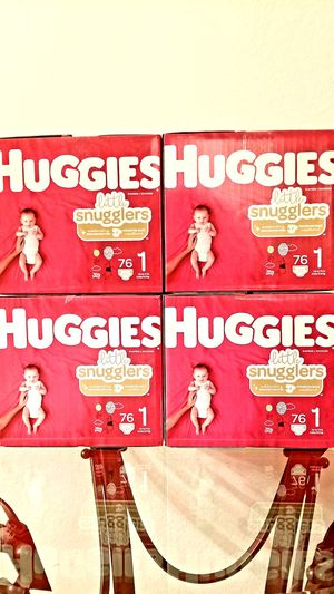 Huggies Little Snugglers Size 1 [ 76ct ] for Sale in Orlando, FL