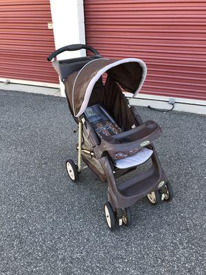 Baby 👶🏻 folding stroller for Sale in Lake Elsinore, CA