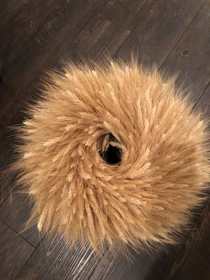 20 inch natural wheat wreath for Sale in Tracy, CA