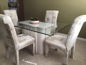 Dining Table with 4 Chairs for Sale in Fort Myers Beach, FL