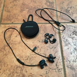 Bose Soundsport Headphones for Sale in Phoenix, AZ