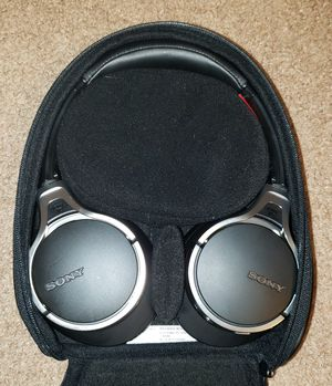 Sony Noise Cancelling Headphones MDR-10RNC for Sale in Mesa, AZ