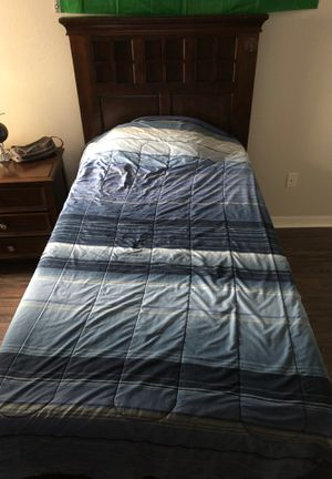 TWIN BED for Sale in Tampa, FL