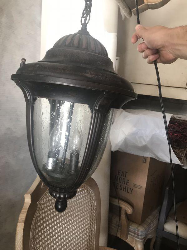 Hanging light fixture /Chandelier