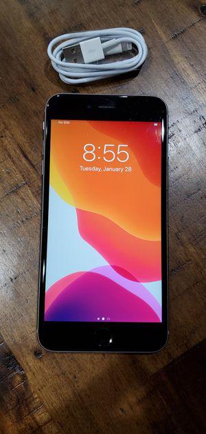 iPhone 6s+plus unlocked 64gb for Sale in Lynnwood, WA