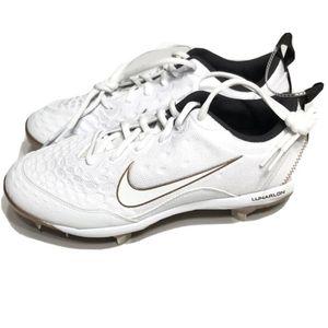 Nike Lunarlon Hyperdiamond Size 9 Softball Cleats Shoes for Sale in Mableton, GA