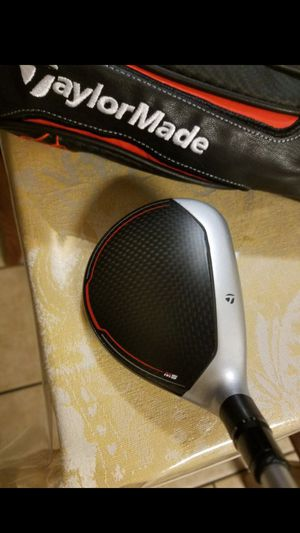 LEFT HANDED! EXCELLENT CONDITION! TAYLORMADE M5 ADJUSTABLE 5 WOOD WILL ADJUST DOWN TO A 3 WOOD for Sale in Grand Prairie, TX